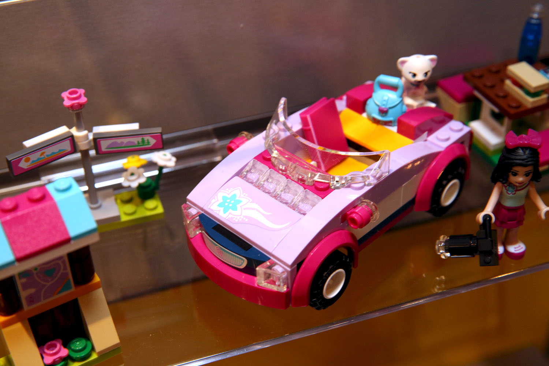 41013 Emma's Sports Car 8