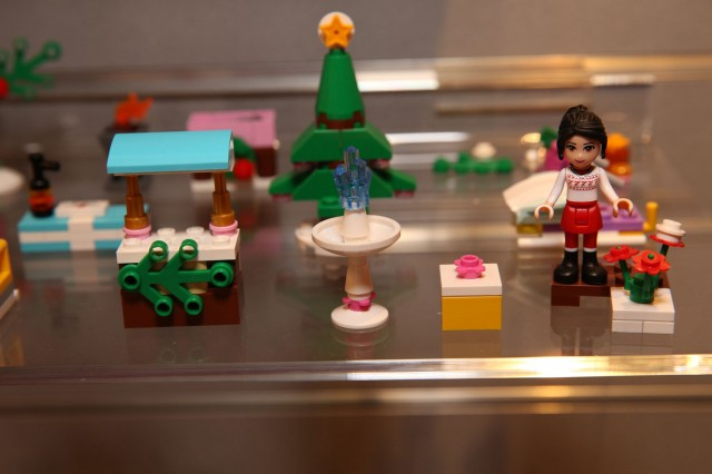 41016 LEGO Friends Advent Calendar 3