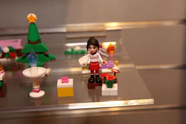 41016 LEGO Friends Advent Calendar 4