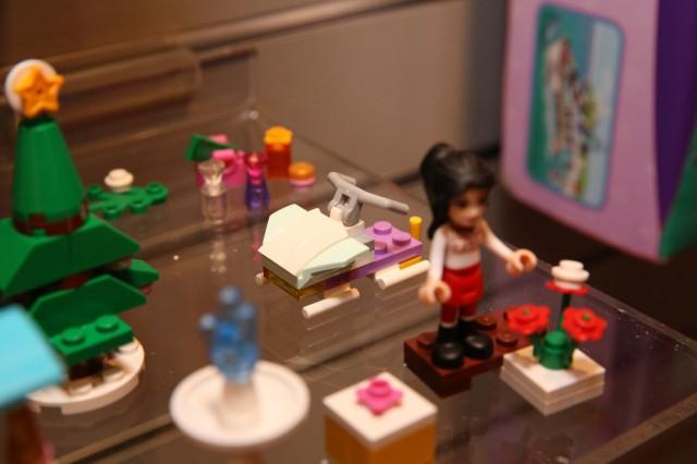 41016 LEGO Friends Advent Calendar 12
