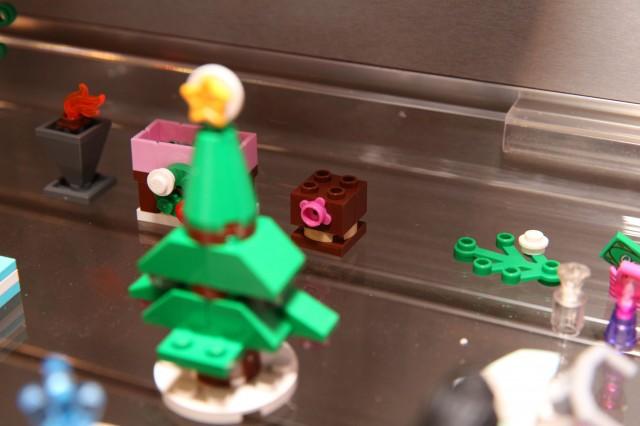 41016 LEGO Friends Advent Calendar 13