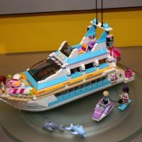 41015 Dolphin Cruiser 2