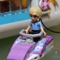 41015 Dolphin Cruiser 4