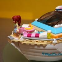 41015 Dolphin Cruiser 17