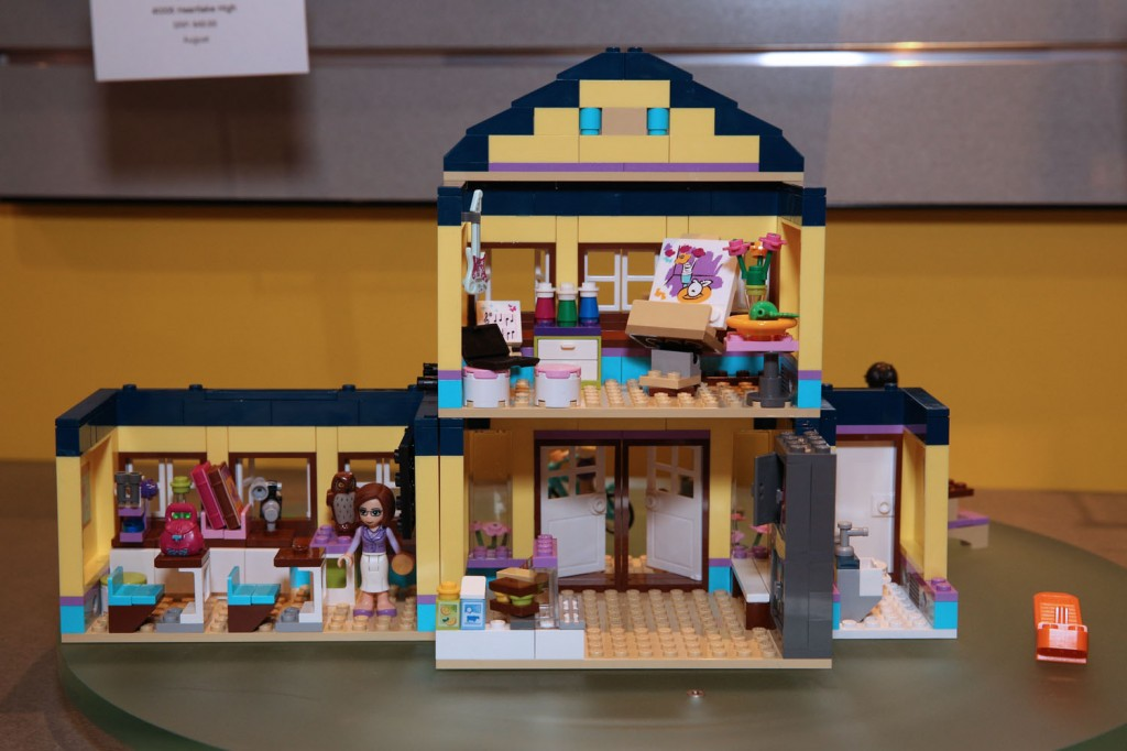 lego friends heartlake high - photo #4